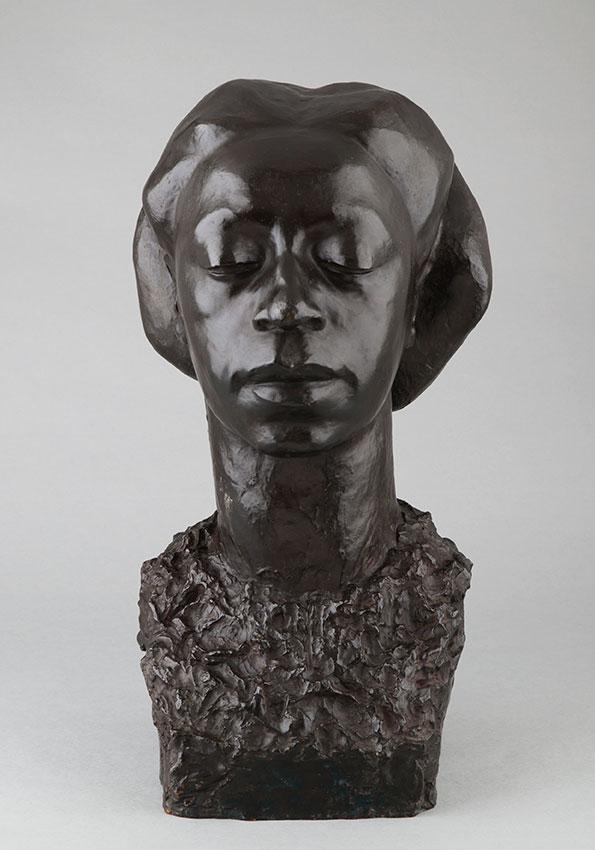 Jeanne Tercafs (1898-1944), Buste de femme africaine, bronze à patine noire, fonte Andro, haut. 51 cm, sculptures - galerie Tourbillon, Paris