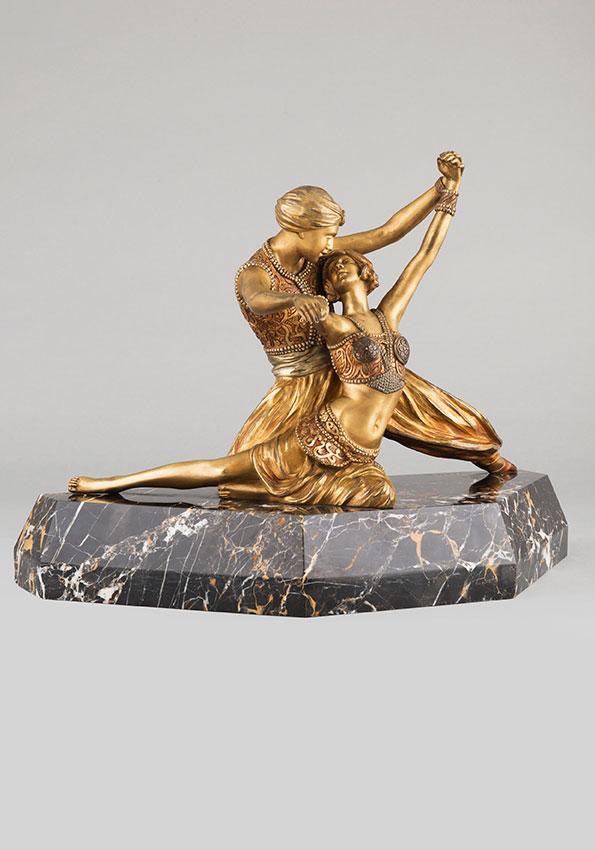 """Claire-Jeanne-Roberte Colinet (1880-1950), """"Danseurs orientaux"""", bronze à patine doré et patiné, Haut. totale 33,5 cm, sculptures - galerie Tourbillon, Paris"""