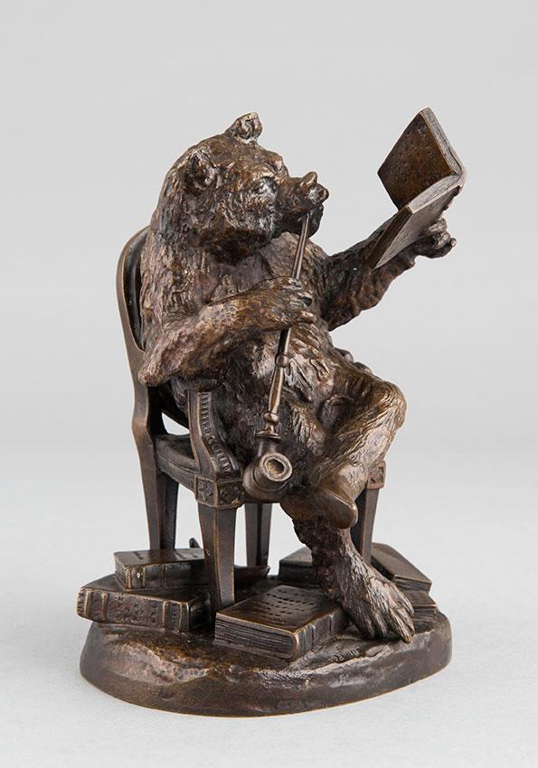 """Christophe Fratin (1801-1864), """"Ours philosophe fumeur d'opium"""", bronze à patine brun nuancé, fonte ancienne, haut. 16,8 cm, sculptures - galerie Tourbillon, Paris"""