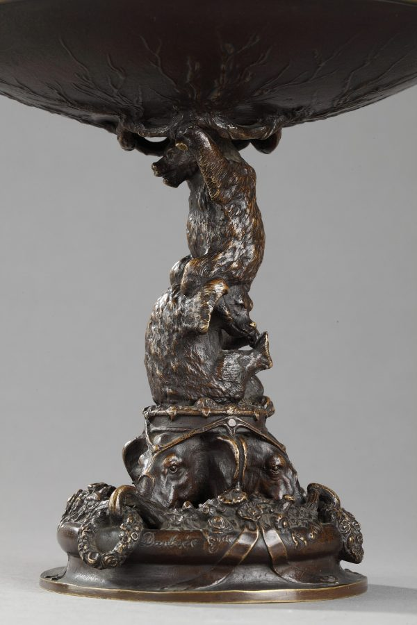 Christophe Fratin (1801-1864), Coupe aux éléphants, ours et aigle, bronze à patine marron très nuancé, fonte Daubrée, haut. 16 cm, sculptures - galerie Tourbillon, Paris