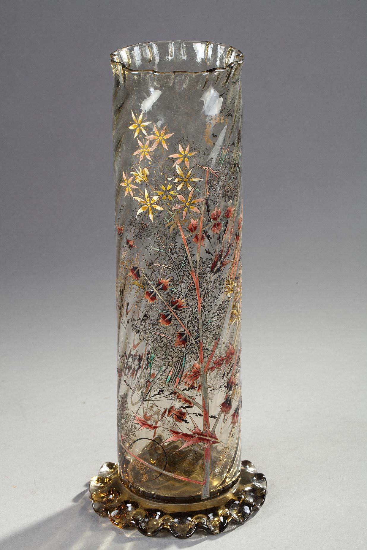 Emile Gallé (1846-1904), Cristallerie, Vase tube à décor de fougères, fleurs et herbes sauvages, haut. 36,5 cm. sculptures, verreries - galerie Tourbillon, Paris