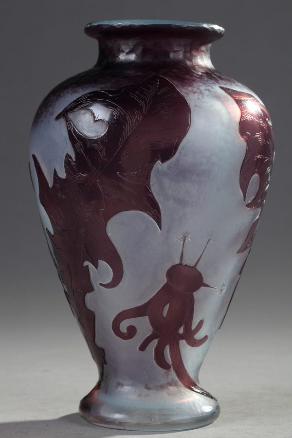 Daum, Vase à décor de Pissenlits, Haut. 17 cm. sculptures, verreries - galerie Tourbillon, Paris
