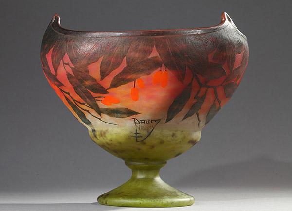 Achat, vente, verrerie art nouveau, galerie Tourbillon, galerie d'art à Paris, art décoratifs, sculpture 19ème, sculpture 20ème