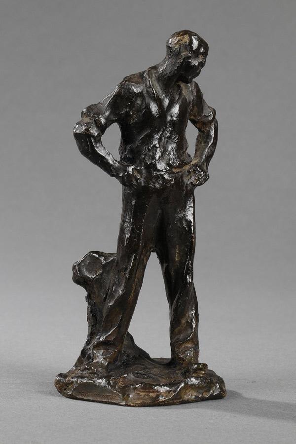 """Jules Dalou (1838-1902), """"Paysan au repos"""", bronze à patine brun foncé, fonte Susse, haut. 12,7 cm, sculptures - galerie Tourbillon, Paris"""
