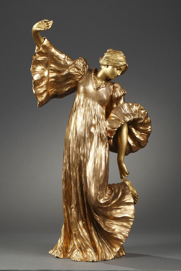 """Agathon Léonard (1841-1923), """"Danseuse aux Cothurnes"""", bronze à patine dorée, fonte Susse, haut. 53 cm, sculptures - galerie Tourbillon, Paris"""