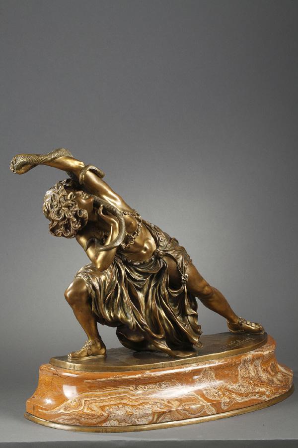 """Claire-Jeanne-Roberte Colinet (1880-1950), """"Danse de Carthage"""", bronze à patine dorée, socle en onyx, Haut. totale 54,5 cm, sculptures - galerie Tourbillon, Paris"""