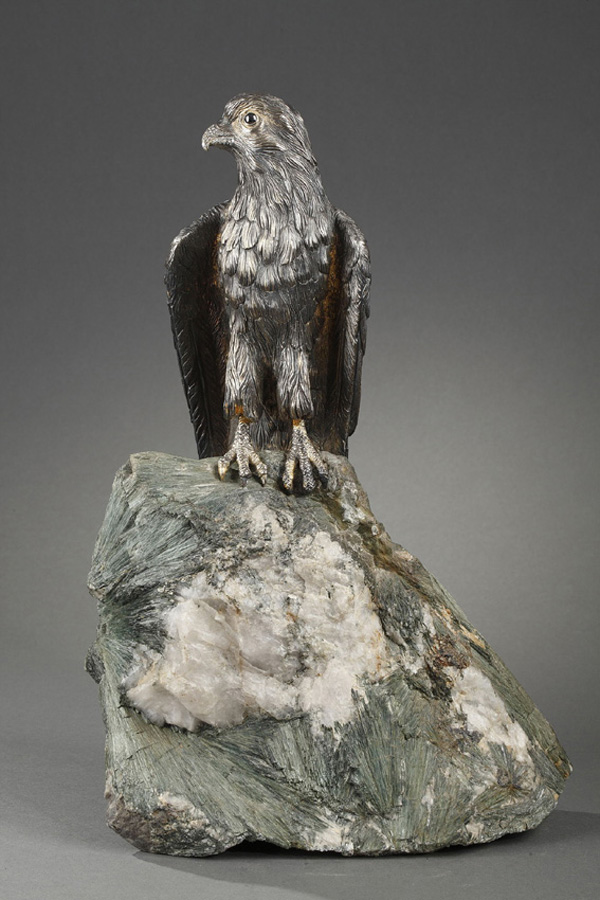 Lasbleiz Fournier Vitiello, Faucon, Argent massif, socle en Séraphinite, haut. 39,5 cm, sculptures - galerie Tourbillon, Paris