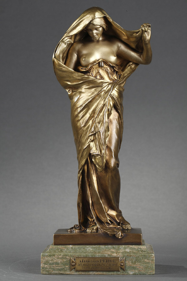 "Louis-Ernest Barrias (1841-1905), ""La Nature se dévoilant à la Science"", bronze à double patine, fonte Susse, socle en marbre, haut. totale 26,5 cm, sculptures - galerie Tourbillon, Paris"