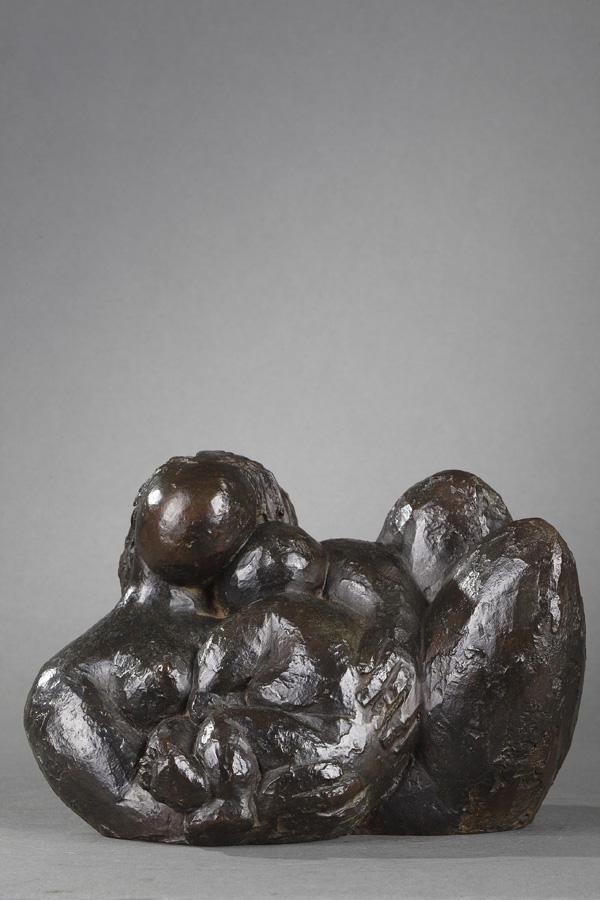 """Baltasar Lobo (1910-1993), """"L'Enfant endormi"""", bronze à patine brun vert nuancé, fonte Susse, long. 22,5 cm, sculptures - galerie Tourbillon, Paris"""