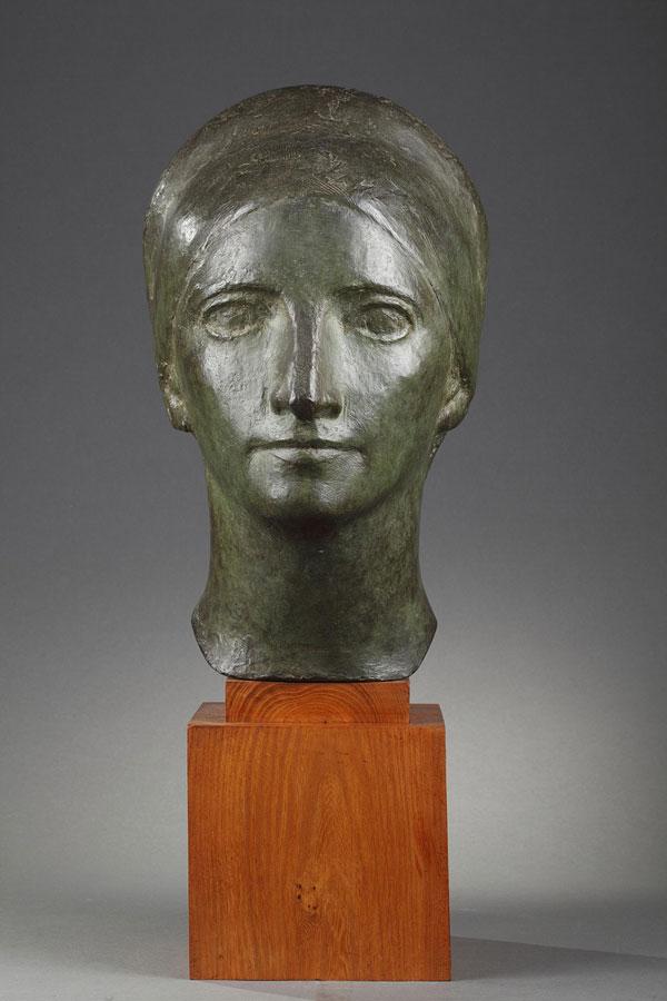 Marcel Gimond (1894-1961), Portrait de Suzanne Vérité, bronze à patine vert nuancé, socle en bois, fonte Bisceglia, haut. totale 53,5 cm, sculptures - galerie Tourbillon, Paris