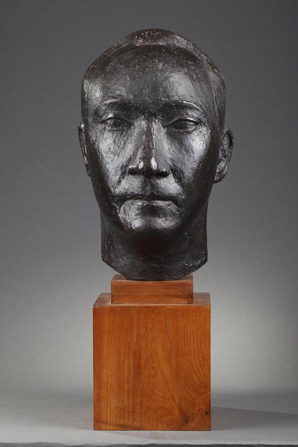 Marcel Gimond (1894-1961), Portrait de Pierre Vérité, bronze à patine brun foncé, socle en bois, fonte Bisceglia, haut. totale 55 cm, sculptures - galerie Tourbillon, Paris