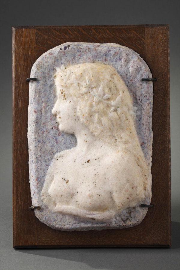Henry Cros (1840-1907), Profil de jeune femme, Pâte de verre, Haut. 24,5 cm, sculptures - galerie Tourbillon, Paris